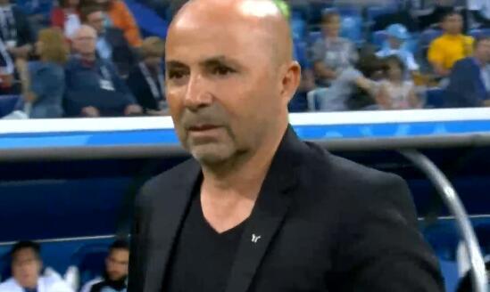 卡尼吉亚:俄罗斯世界杯时,球员不该逼宫桑保利