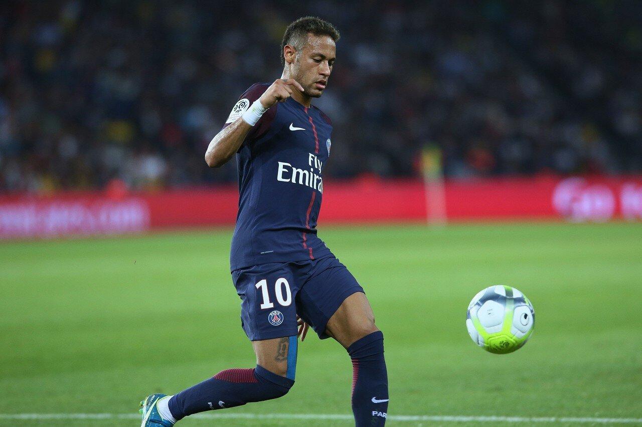 马卡:巴黎为内马尔标价2.5亿欧,库鸟是唯一可能进交易球员