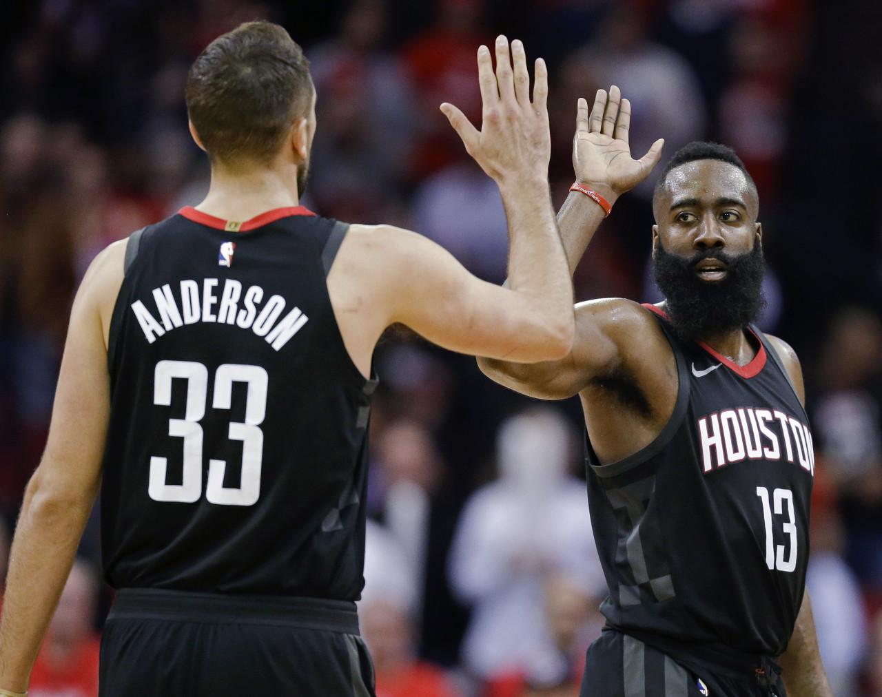 NBA官网球员流动记录:火箭已经签下旧将莱恩-安德森