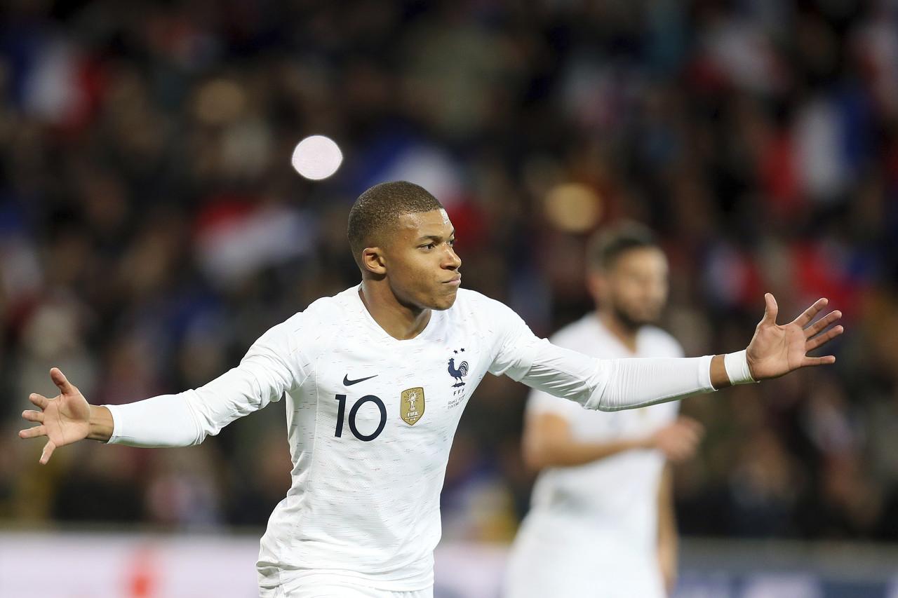 传射建功!官方:姆巴佩当选比利时vs法国全场最佳