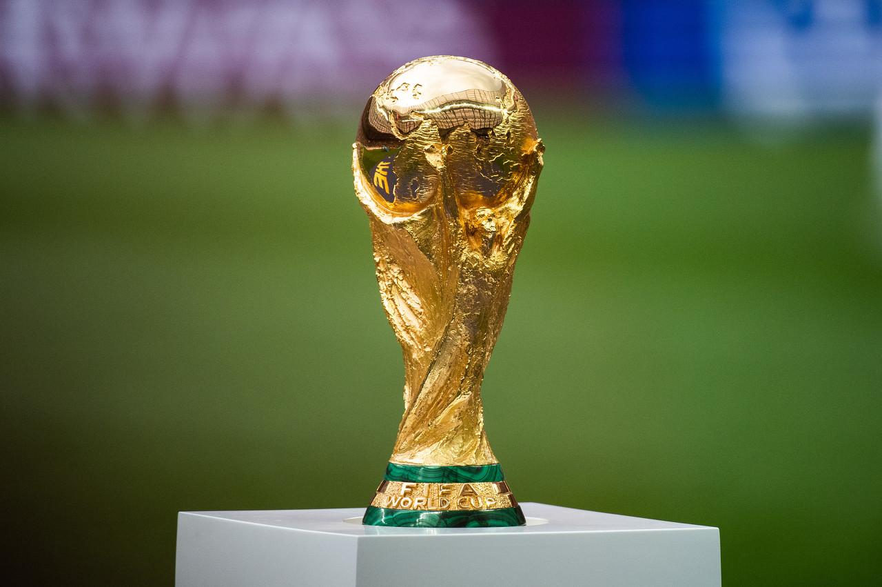 镜报分析:英阿等5国可替代卡塔尔举办2022世界杯