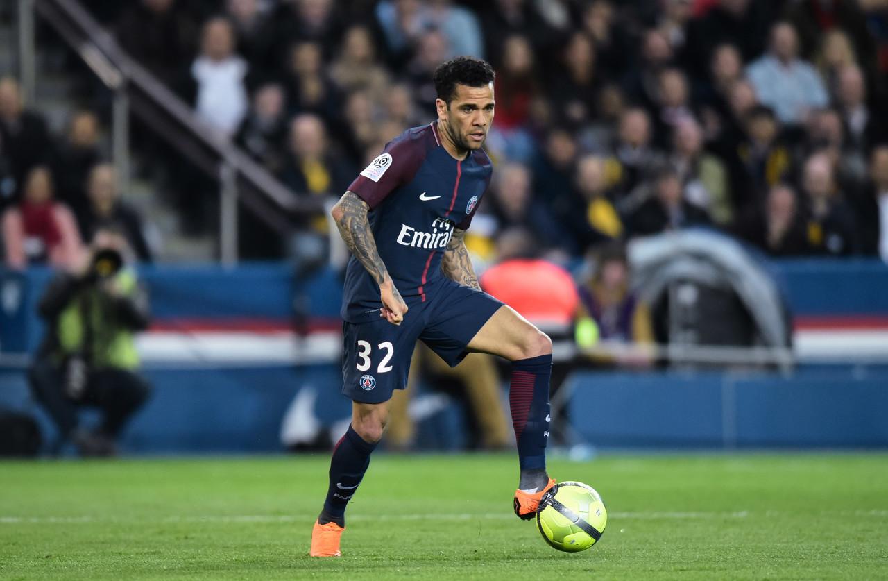 巴黎人报:阿尔维斯即将续约,今年出场时间队内第四
