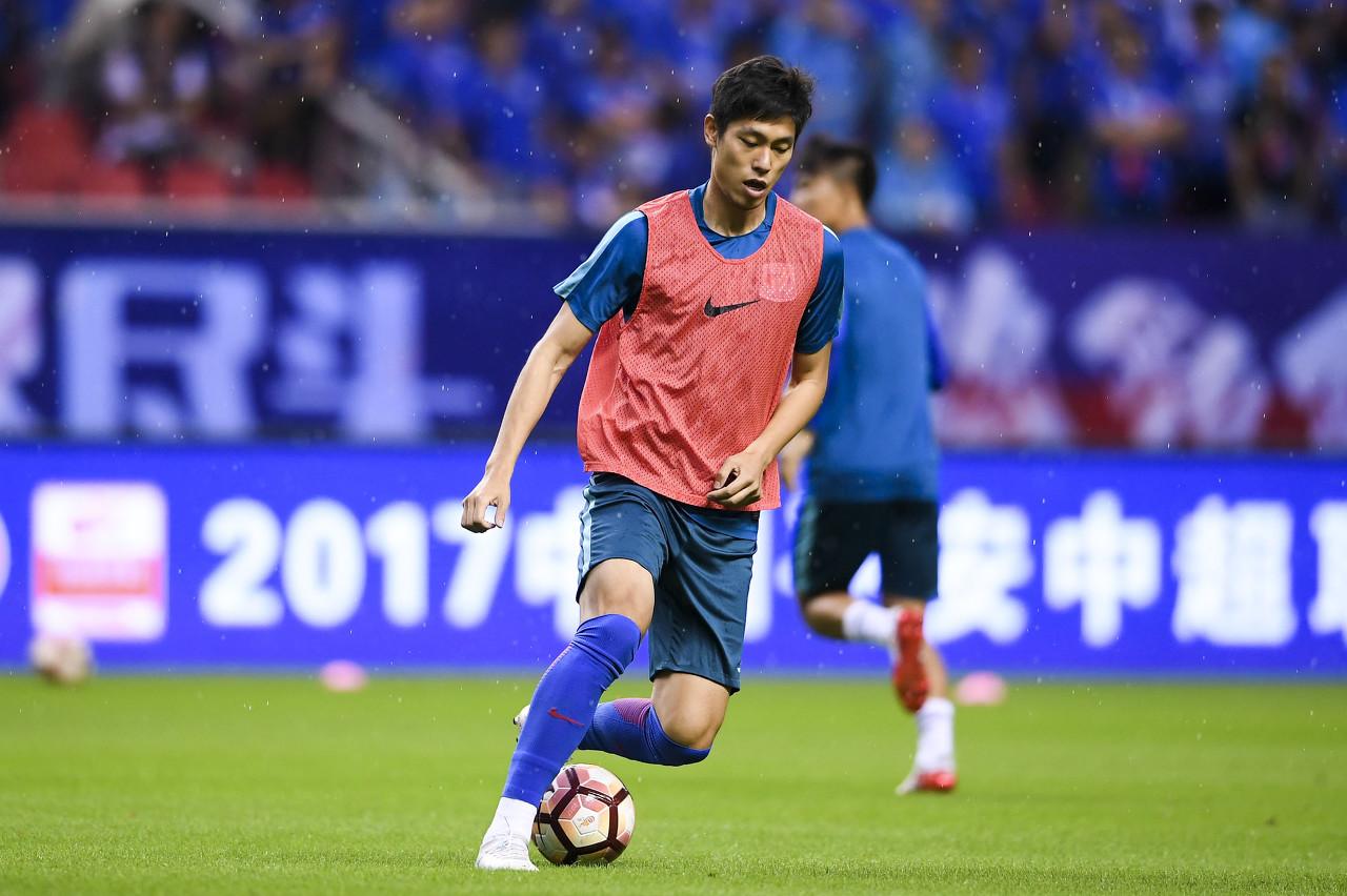 东体:柏佳骏随队出征重庆 毕津浩能否赶上足协杯仍是未知数