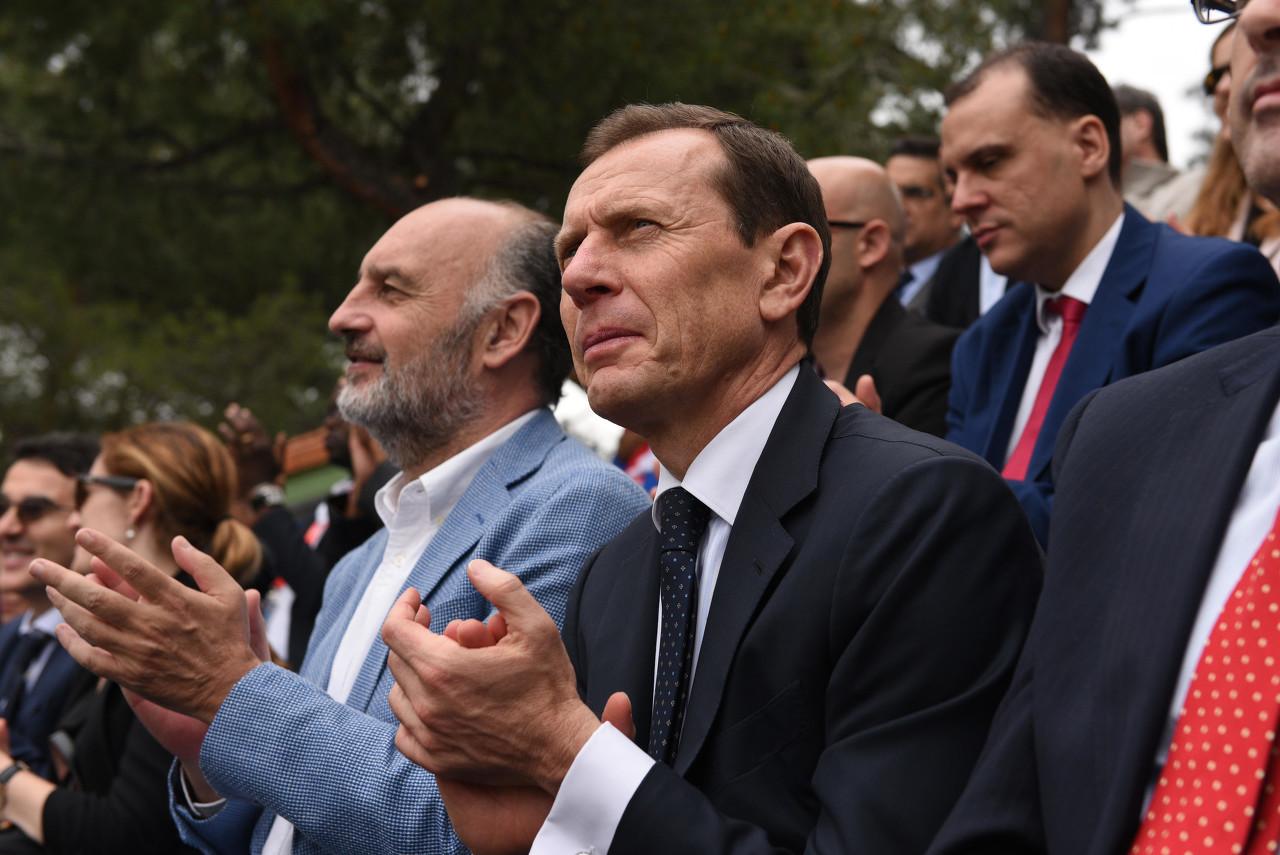 布特拉格诺:萨拉戈萨创造过历史,但皇马会全力争胜