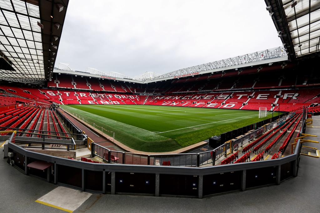 邮报:保障球迷安全,曼联想在主场站立区设置1500个安全座椅