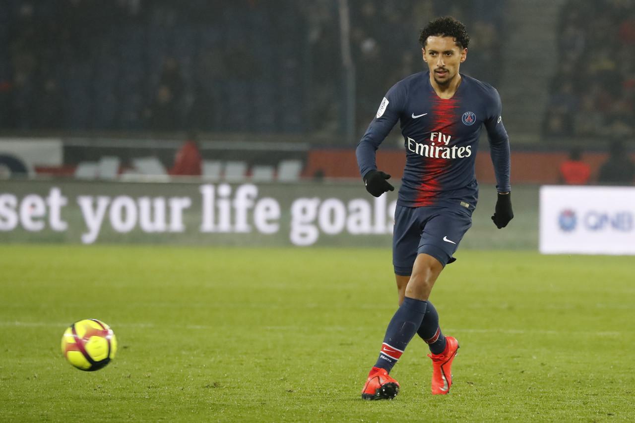 巴黎官方:马尔基尼奥斯腘绳肌受伤,预计缺阵三周