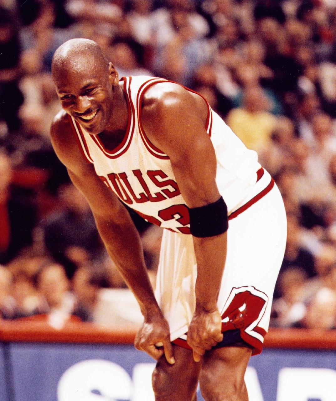 历史上的今天:乔丹登顶公牛队史篮板王