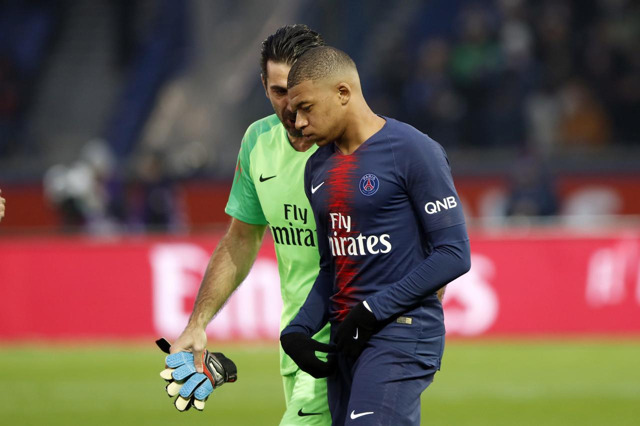 队报:赛前迟到,姆巴佩被俱乐部罚款18万欧元