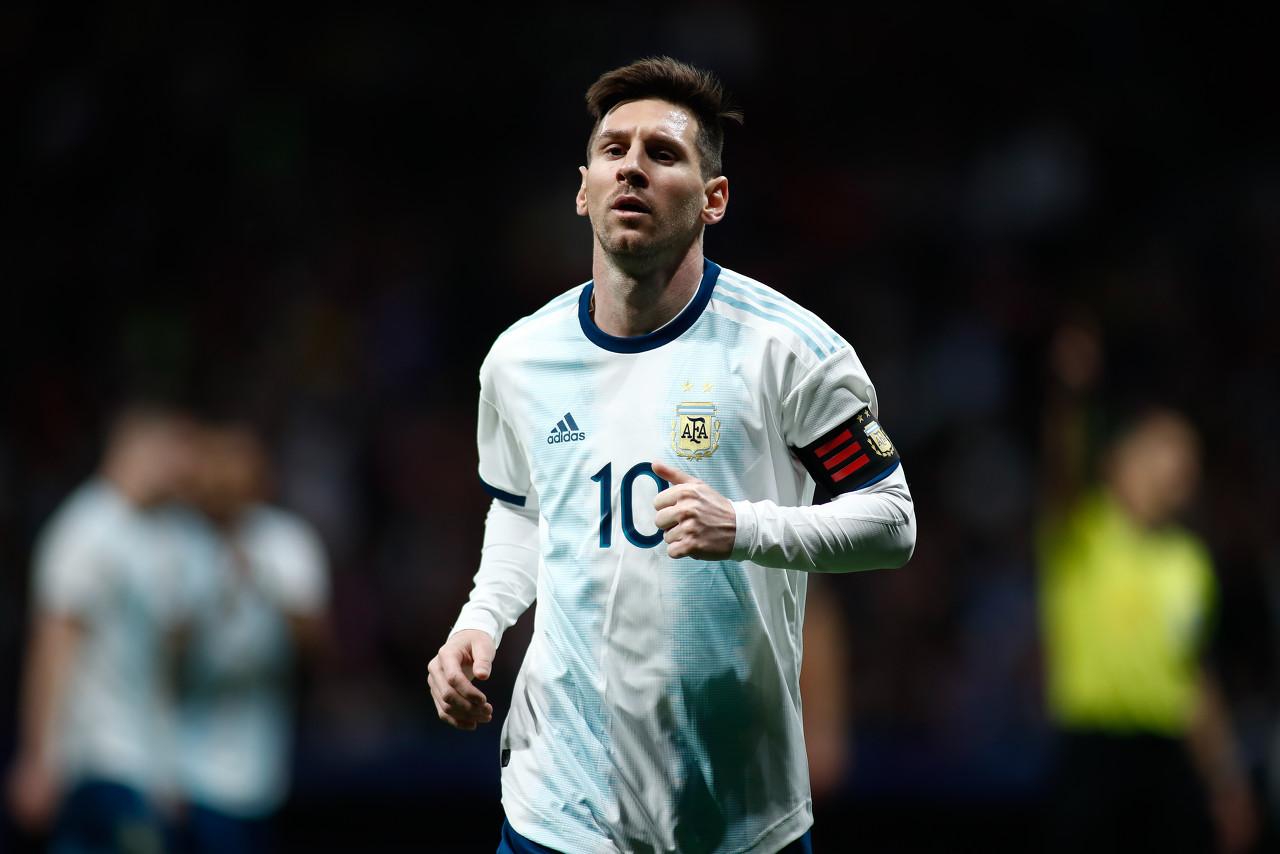 奥莱报发表动情长文安慰梅西:不要走,阿根廷需要你