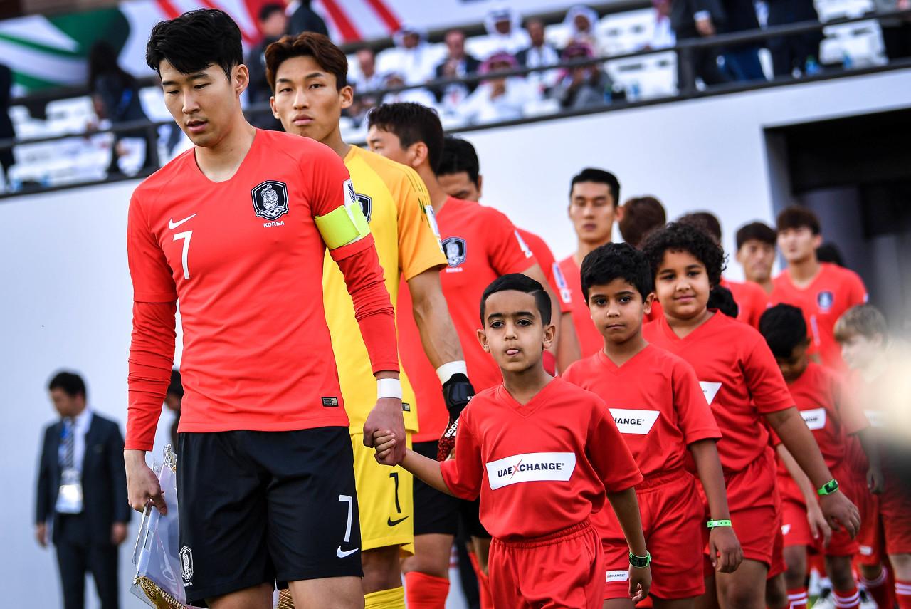记者:朝韩世预赛将对阵,朝方向韩方索要120万美元版权费