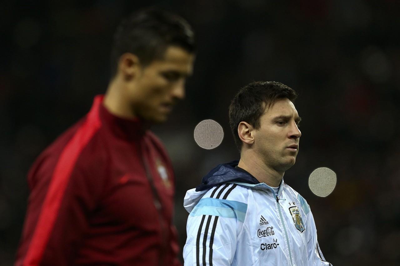 莱因克尔:C罗也很伟大,但足球对于梅西和马拉多纳是另一项运动
