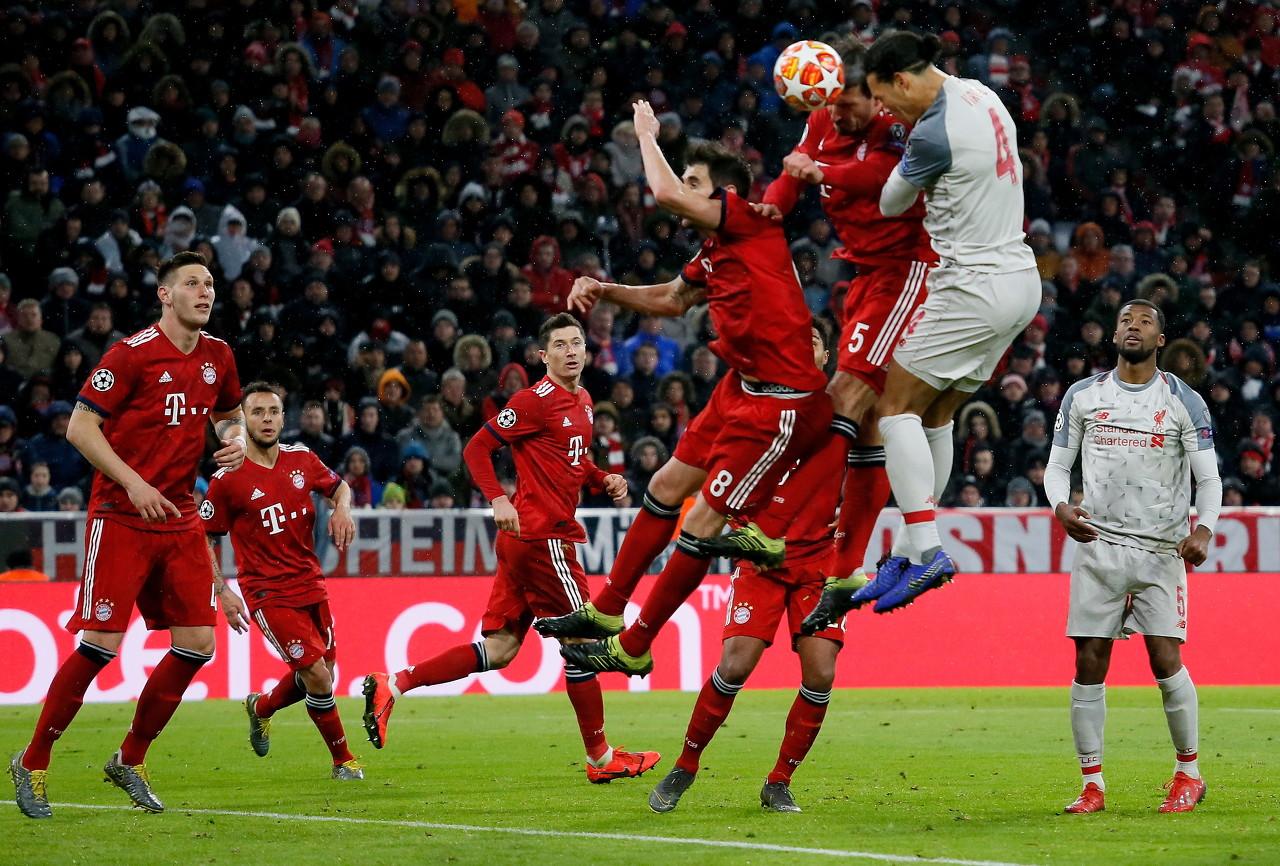 天空:英足总正在考虑,对青少年<a href=http://www.zuqiu.com/live/zuqiu/ target=_blank class=infotextkey>足球</a>比赛的头球行为做出限制