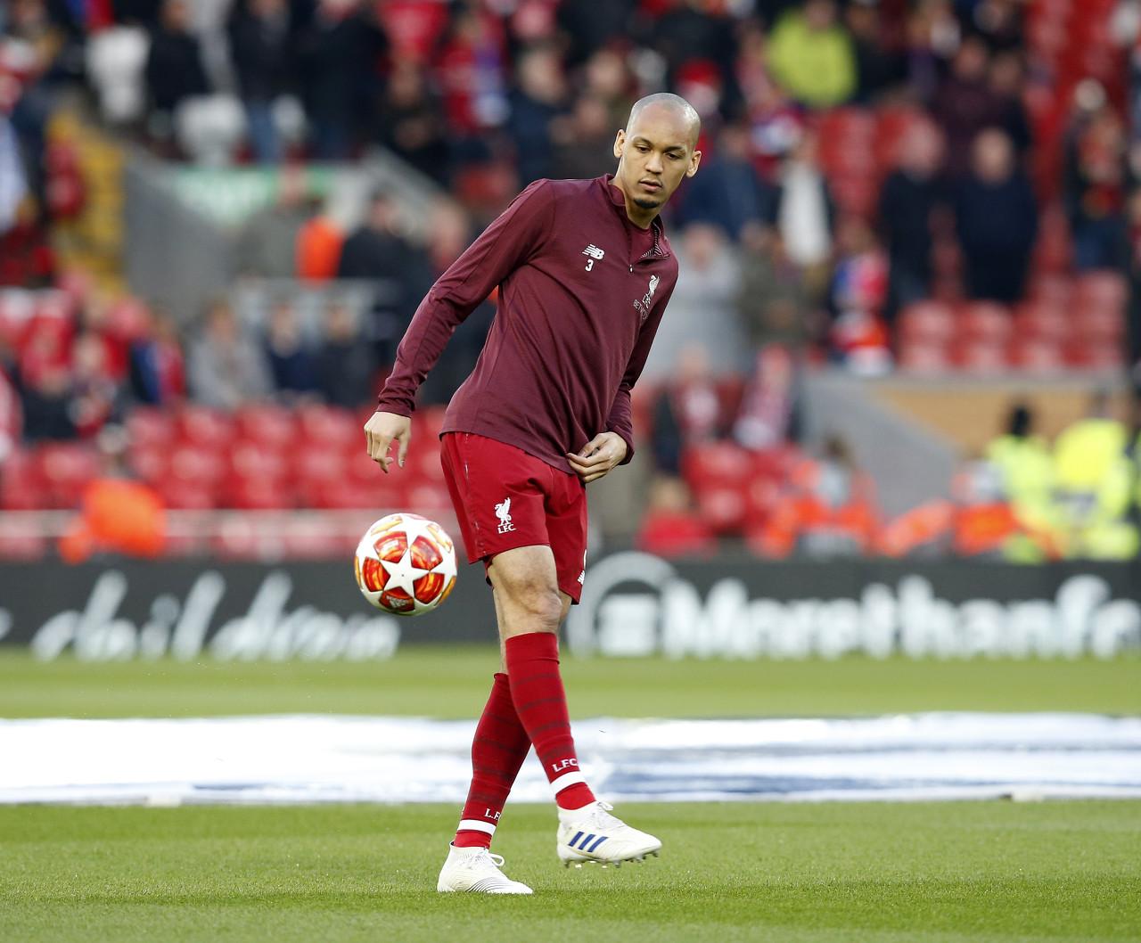 哈维阿隆索:喜欢法比尼奥的踢球方式,他能踢任何位置