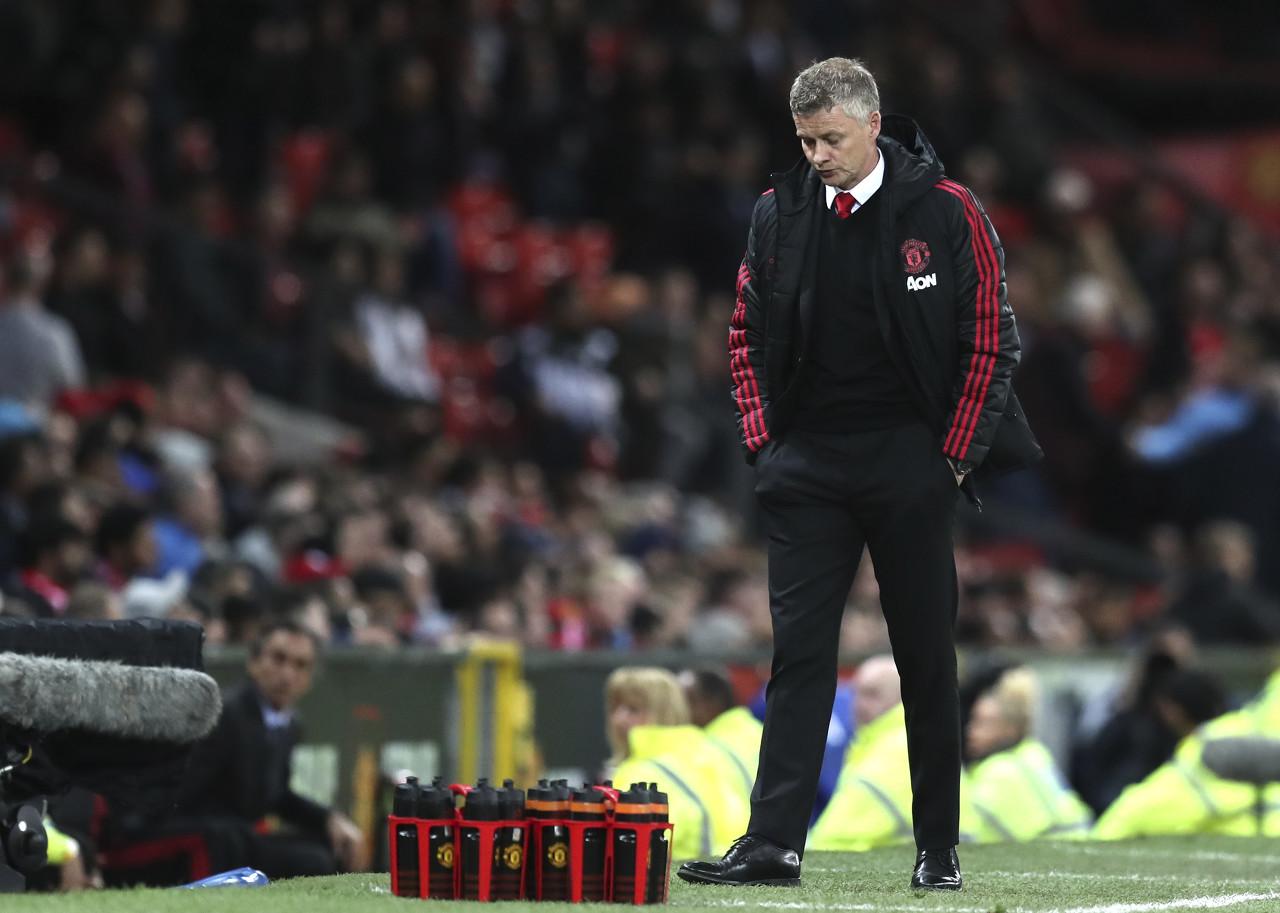 邮报:赛季结束隔天,索帅要求球员回来开总结会