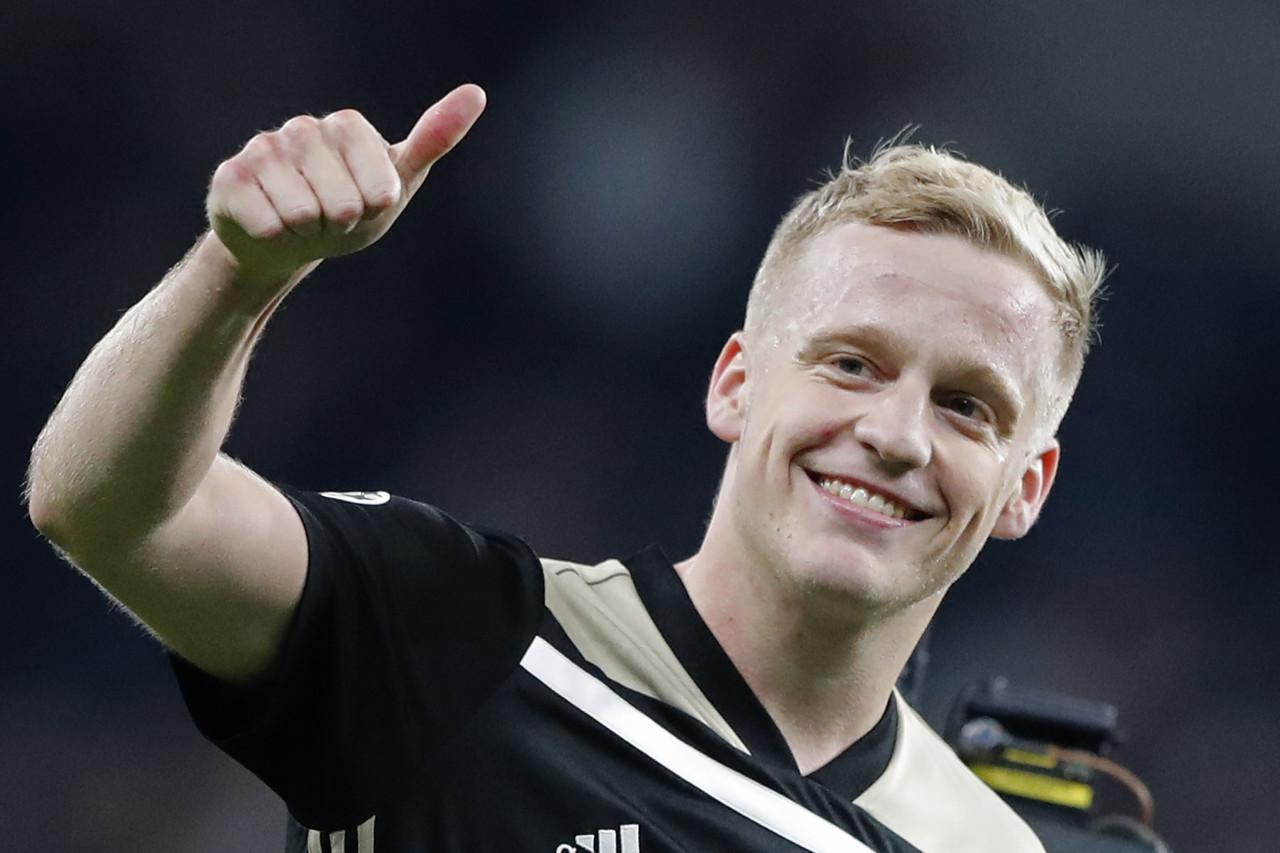 西媒:范德贝克将与皇马签约6年,转会费5500万欧