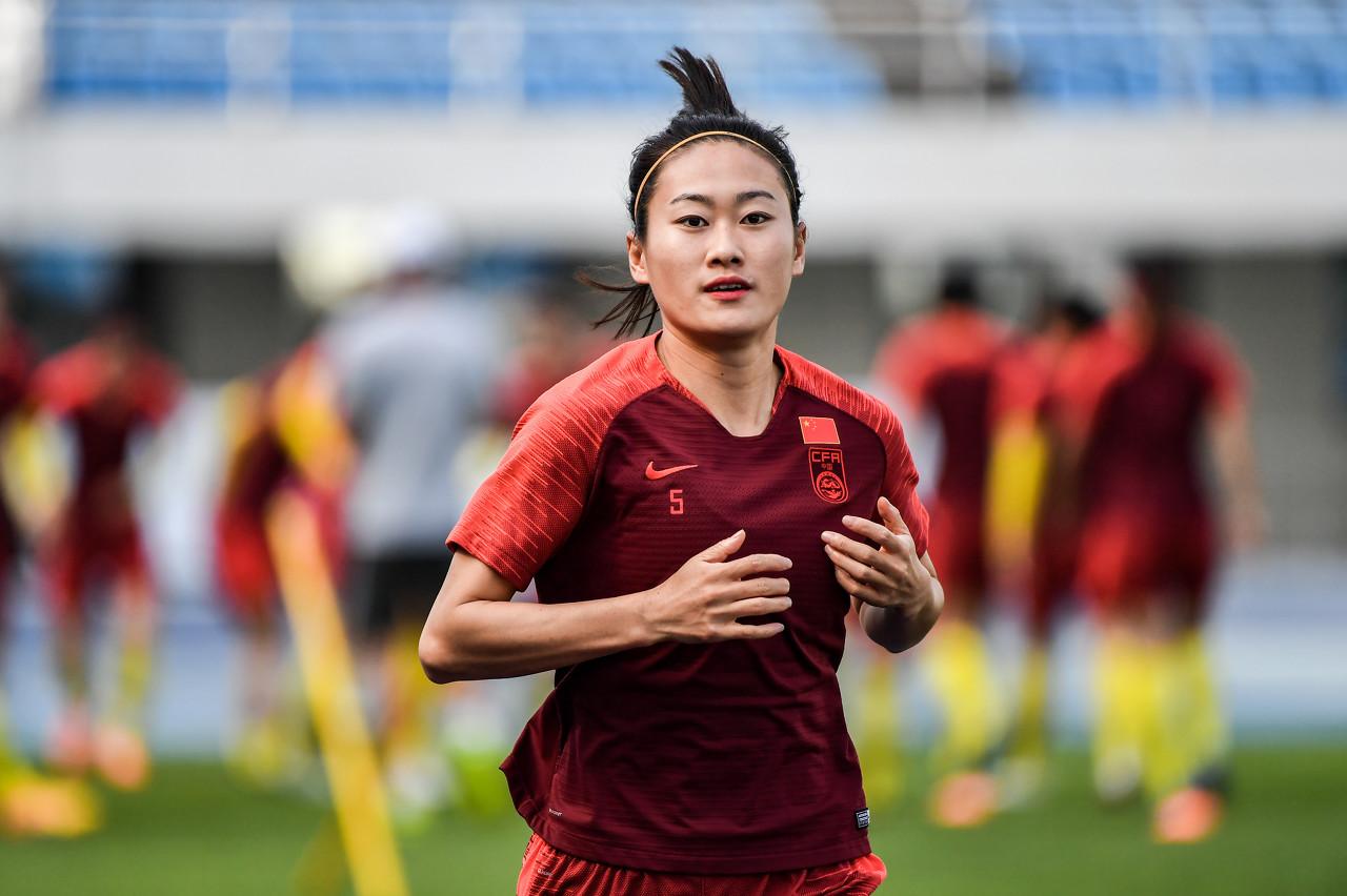 吴海燕:欧洲球队进步真的很大 希望90分钟内解决战斗