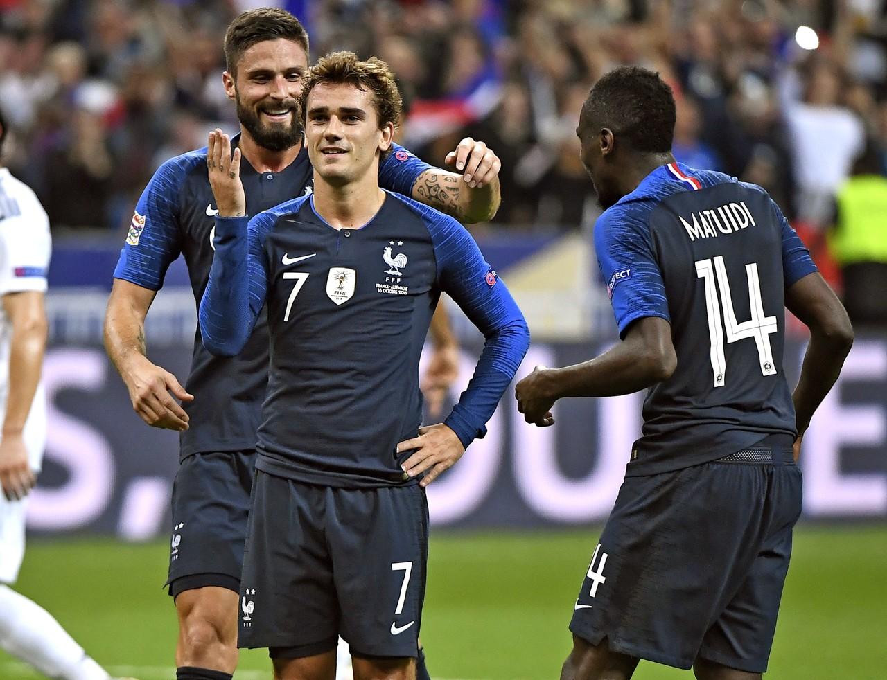 格列兹曼:法国队人才辈出,要好好带带年轻人