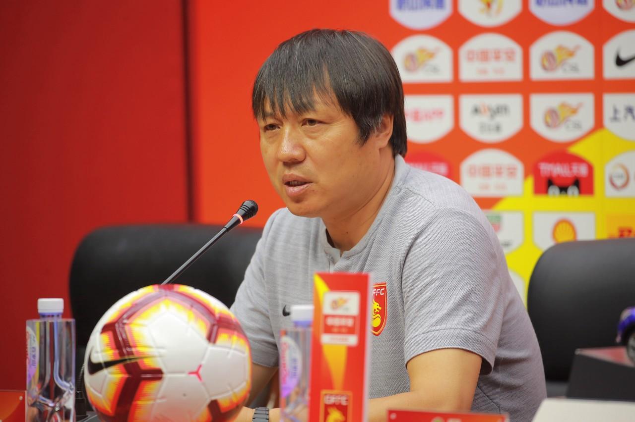 谢峰:苏宁有实力争亚冠资格 我们保级形势还不明朗