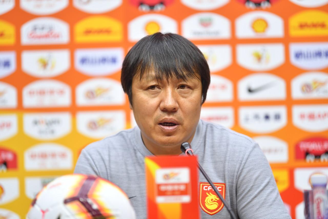 谢峰:本场进攻端太过急躁 告诫球员越困难越不能放弃