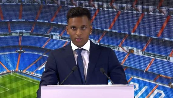 马卡:F-巴尔韦德尚无欧洲护照,罗德里戈可能新赛季无缘出战