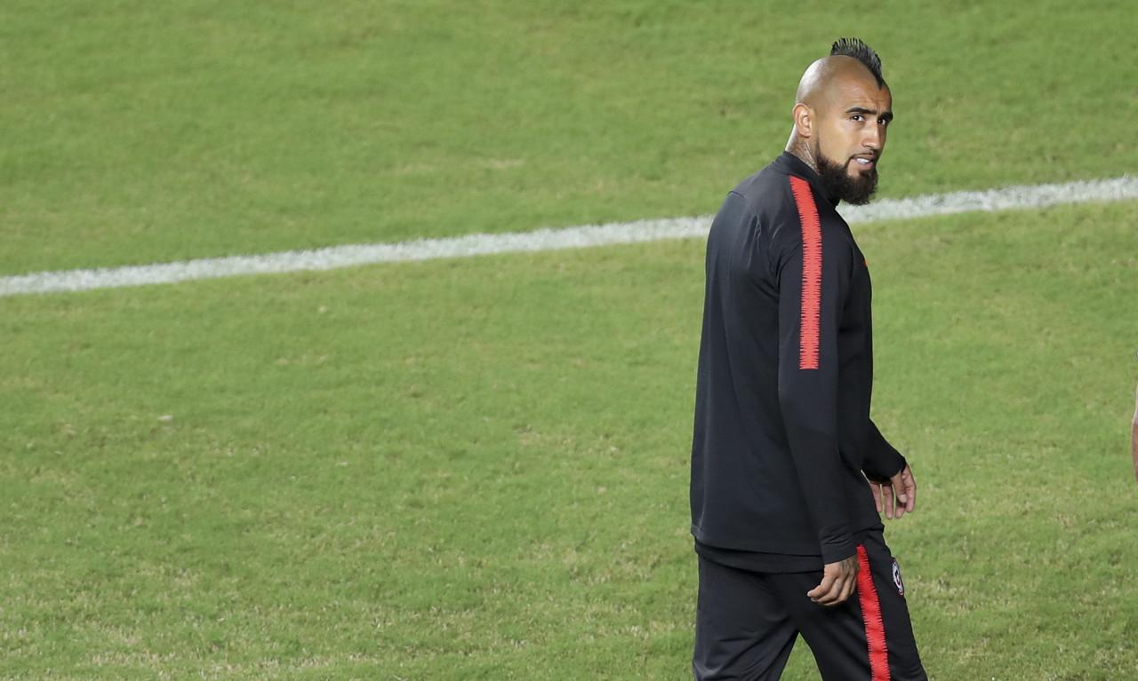比达尔:我在球队的作用与德容和阿图尔不同 我渴望举起欧冠奖杯