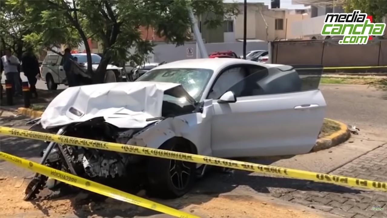 波尔图前锋发生车祸,造成一对新婚夫妇死亡