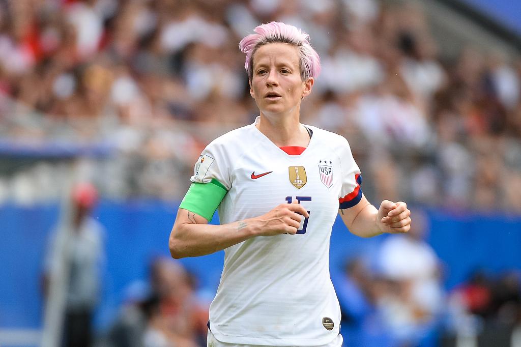 特朗普回击美国女足队长言论:她不该对国家和白宫不敬