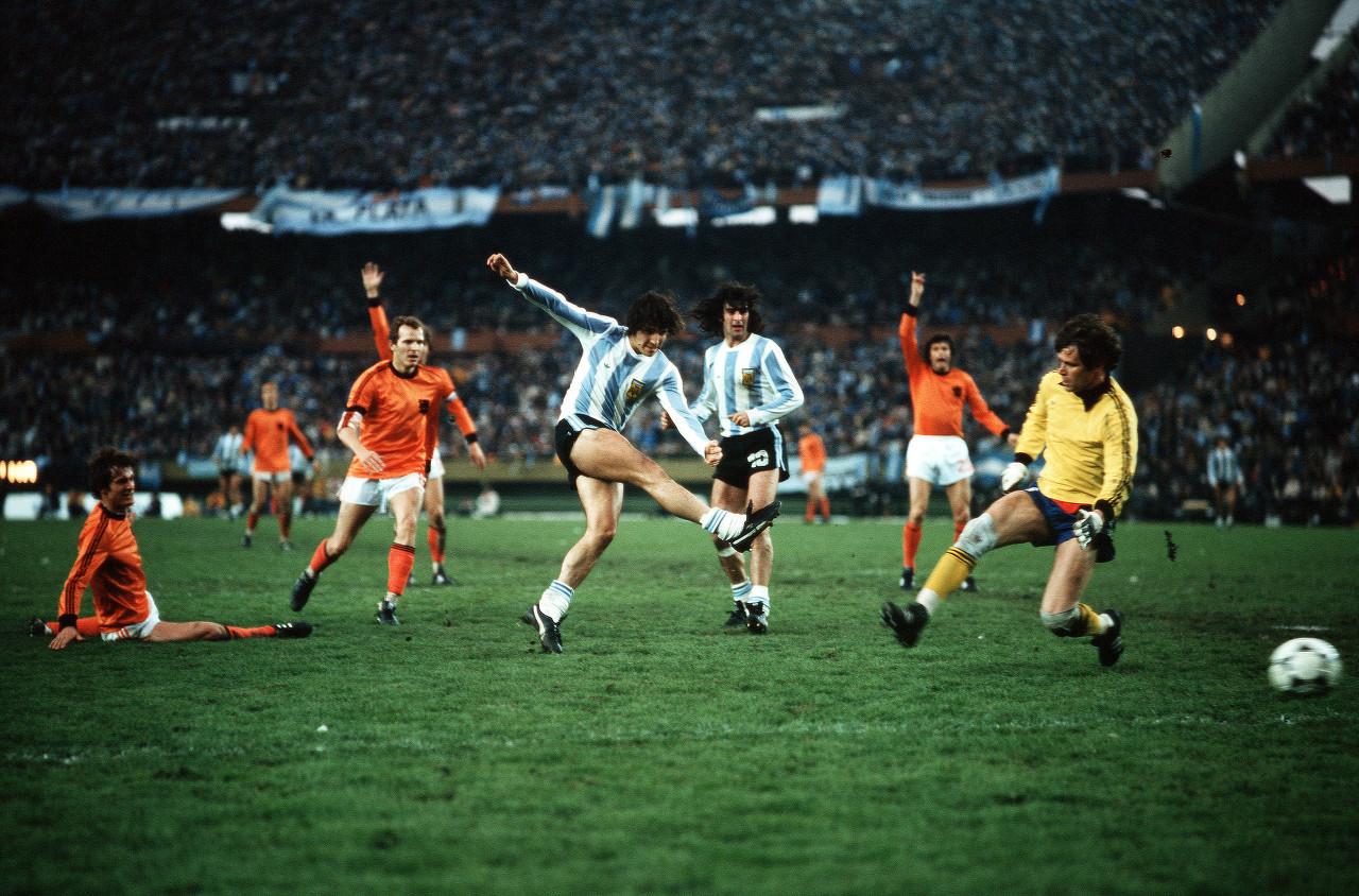 1978年世界杯夺冠功臣肯佩斯:河床出身