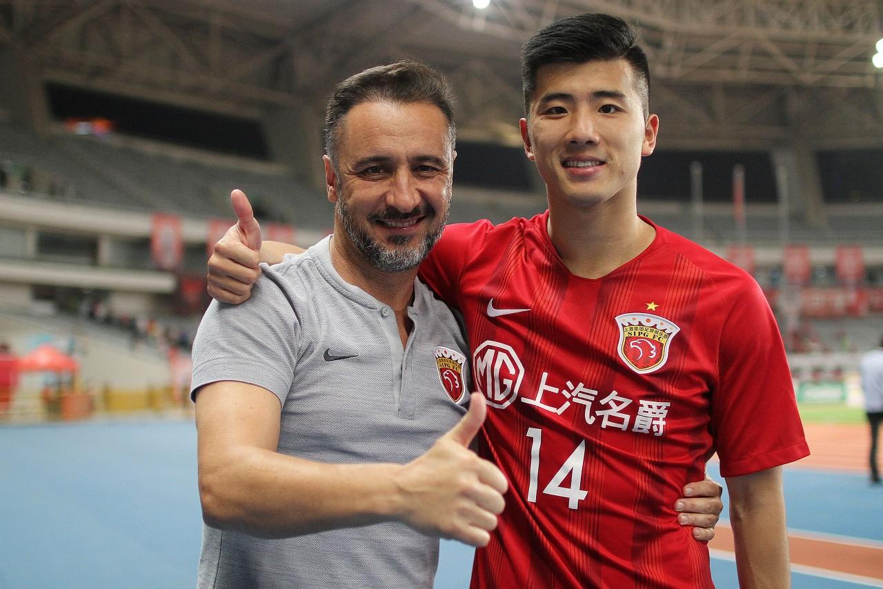 李圣龙:唱歌没经过专业培训 未来想进入国家队