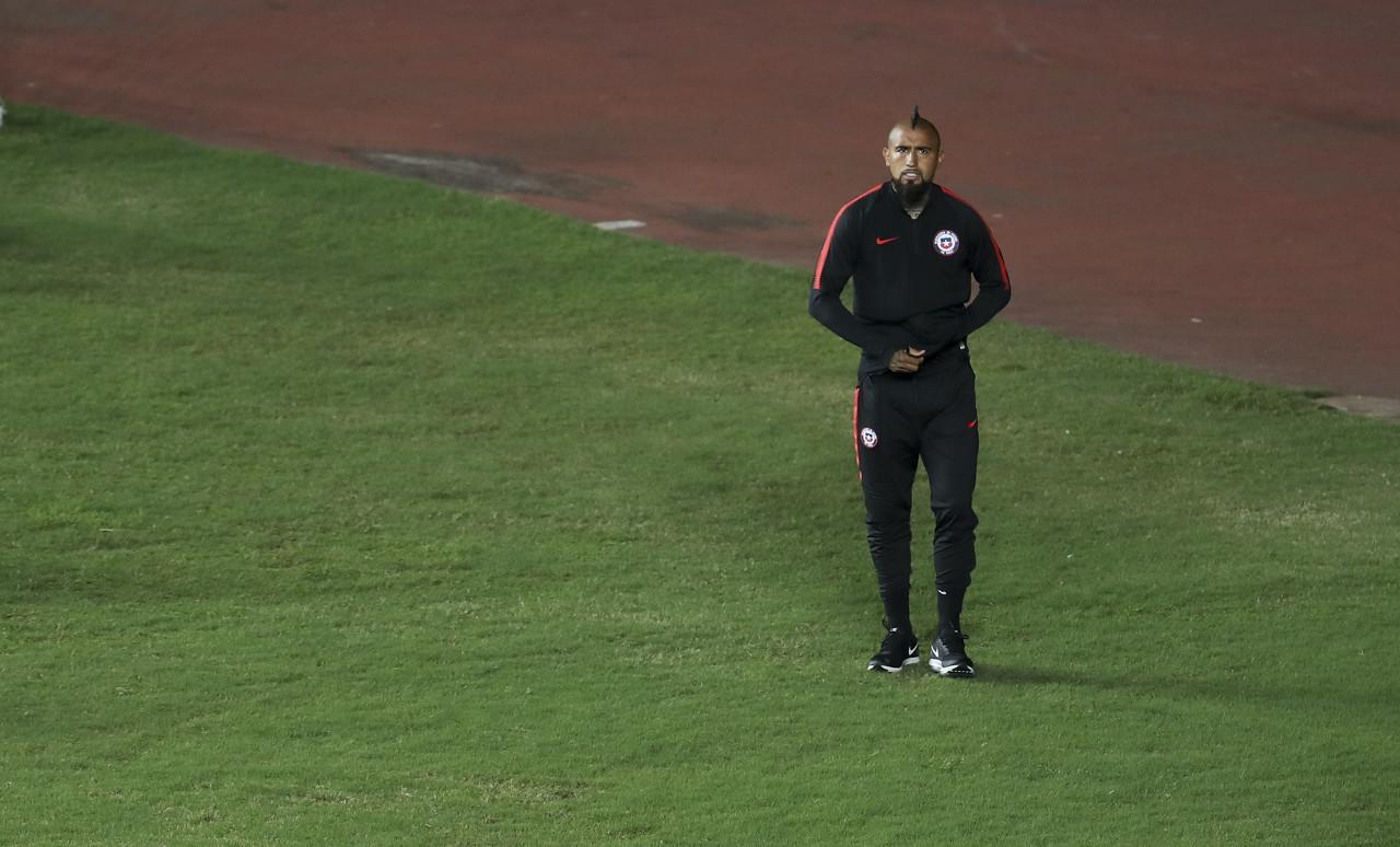 比达尔:我的脚踝受了点伤 举办美洲杯需要有更好的场地