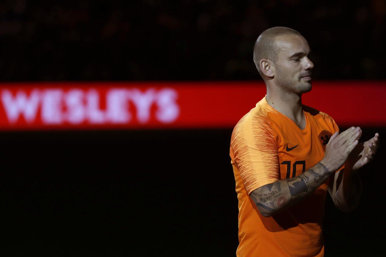 """天下足球祝福斯内德:他是""""稀有物种"""",是永远的橙色心脏"""