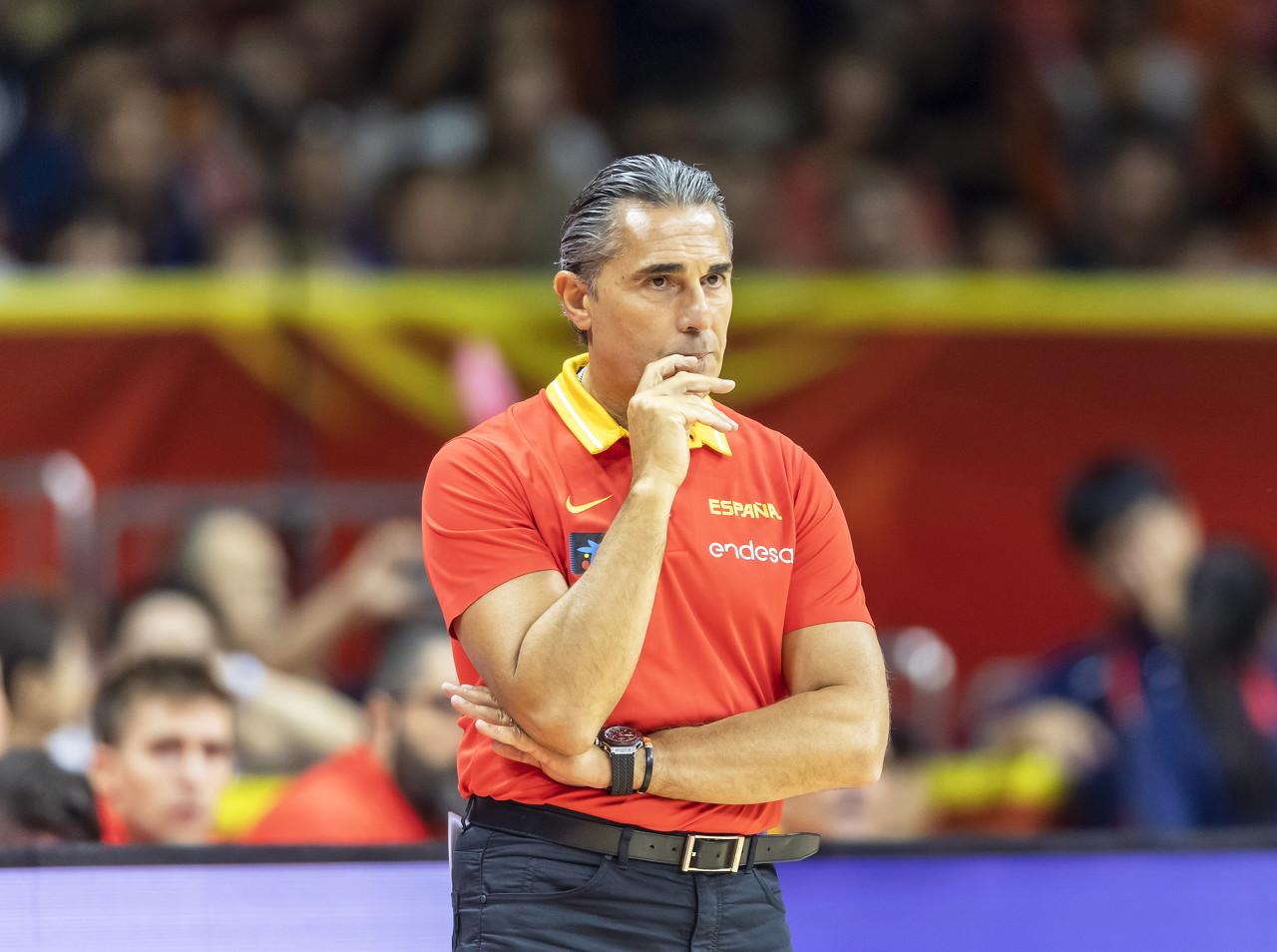 西班牙主帅:球队胜场越多 教练和管理者才更了解球队