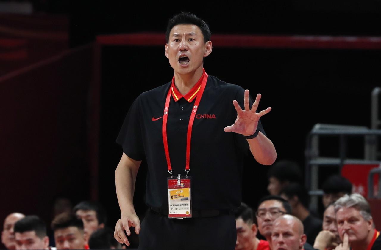 真挚的祝福!中国男篮主帅李楠45岁生日快乐