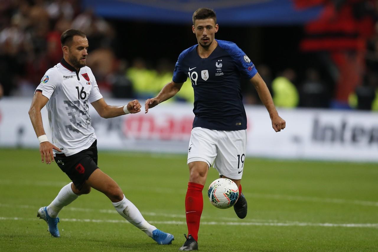 朗格莱:冰岛队防守很严密 为吉鲁进球感到高兴