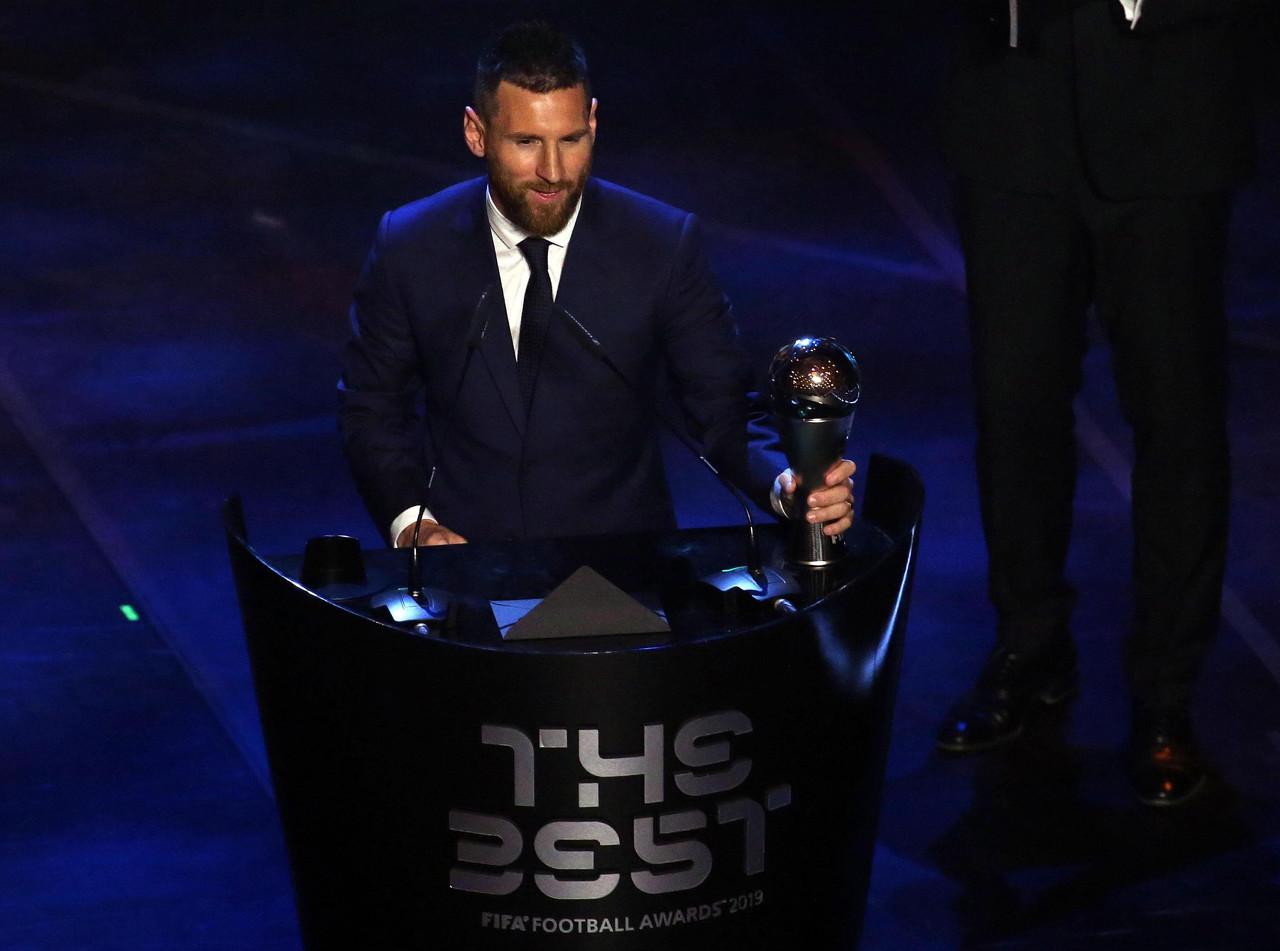 最佳球员投票分布:梅西南北美洲居首,C罗非洲称雄