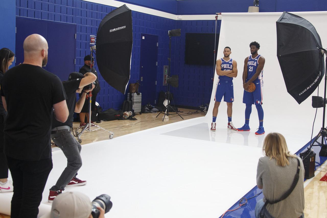 Embiid:若Simmons能投好三分,我就多往籃下打一打