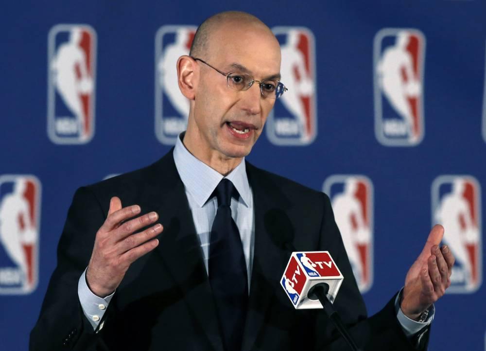 篮球晚报:NBA今晚不举行新闻发布会 萧华也不会接受采访