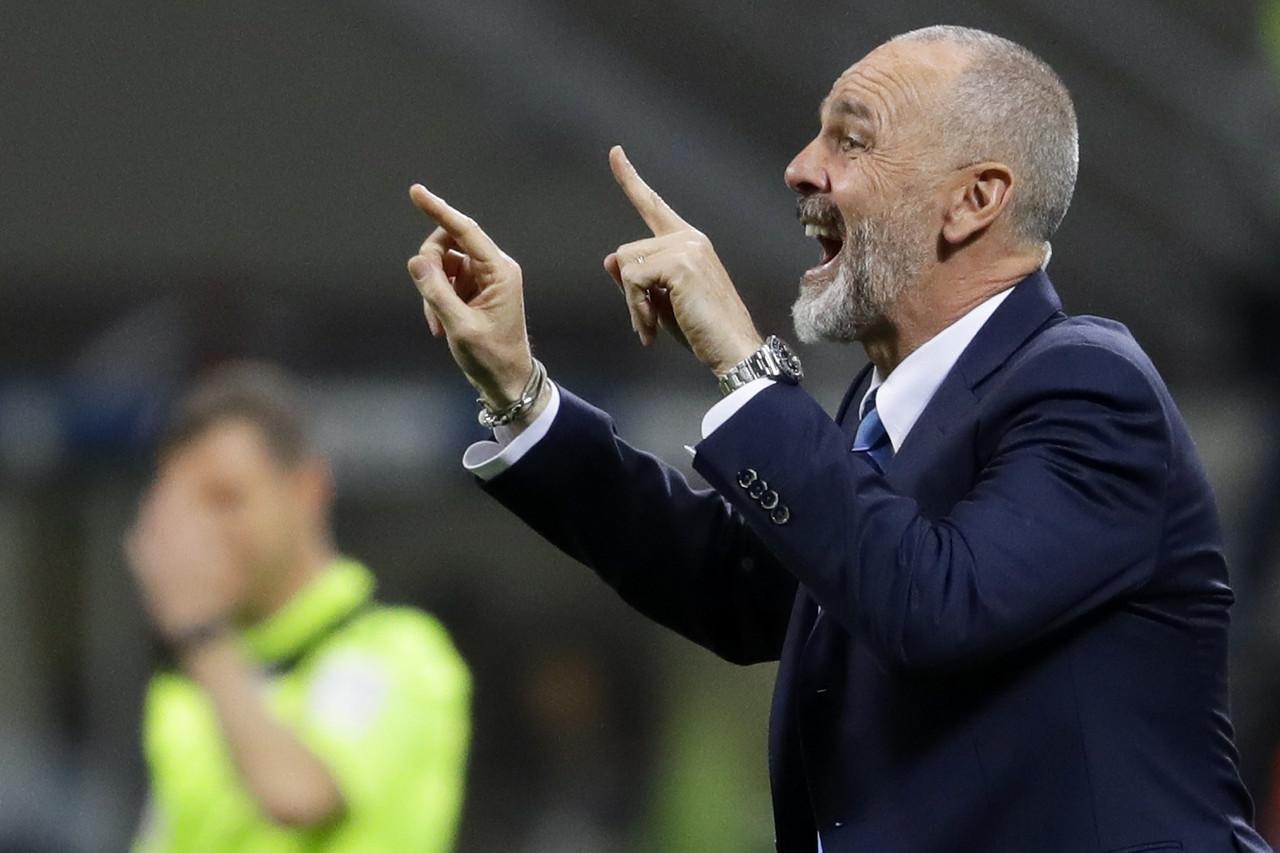 皮奥利:米兰的防守缺乏协作,不能只盯球不盯人
