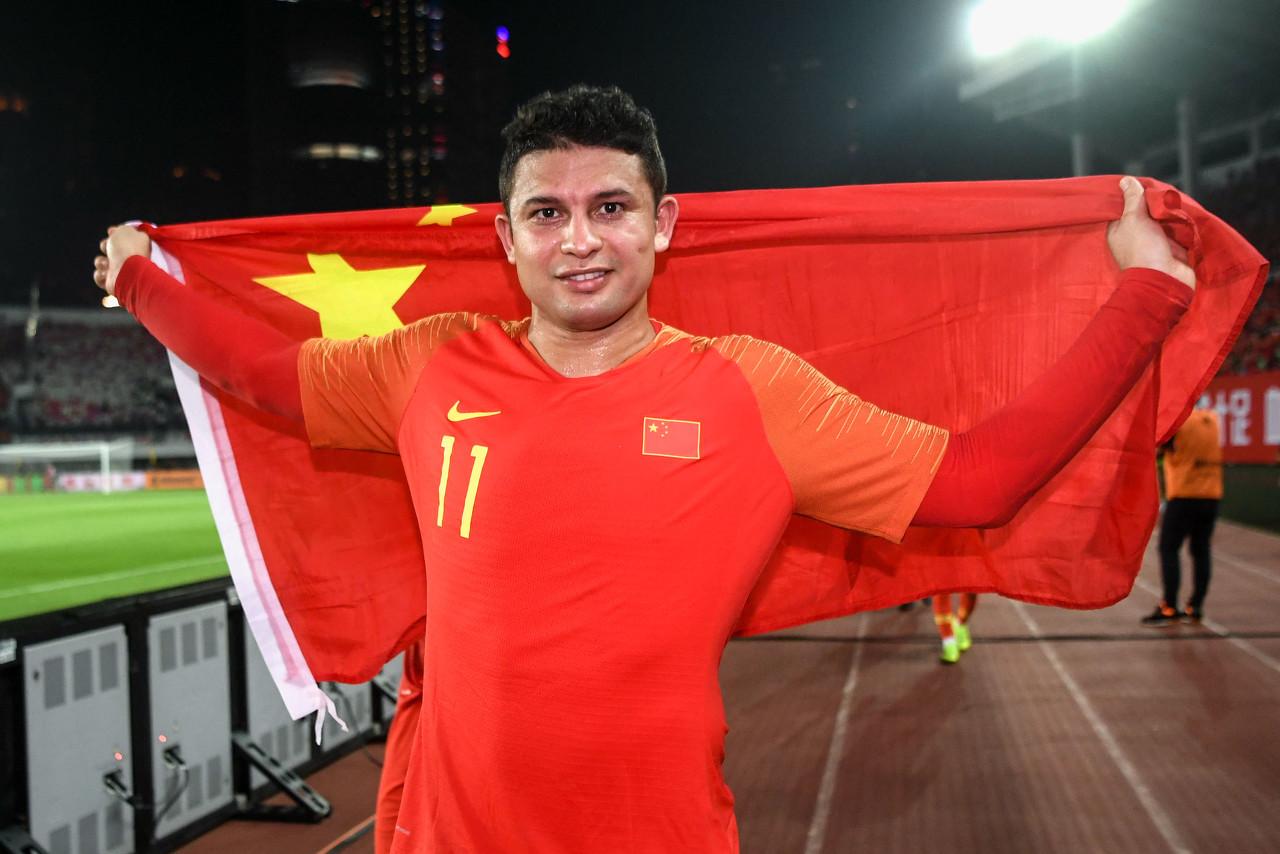袁野预测:中国3-0菲律宾,武磊艾克森吴曦之中两人能进球