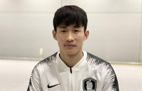 韩国后卫:朝鲜踢球像武术 不被允许外出散步