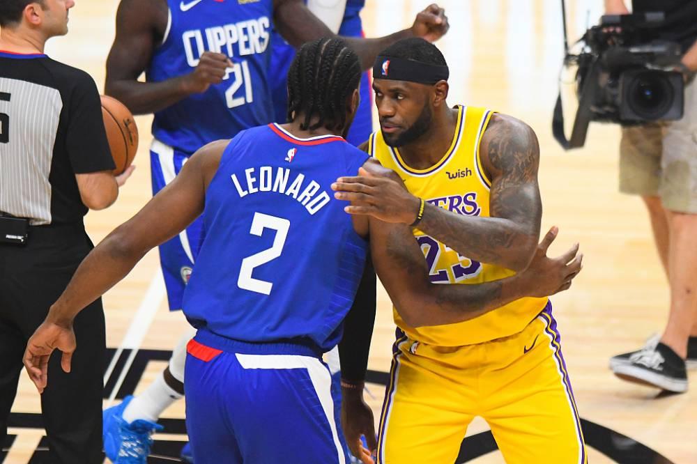 篮球晚报:快船力克湖人 猛龙击退鹈鹕