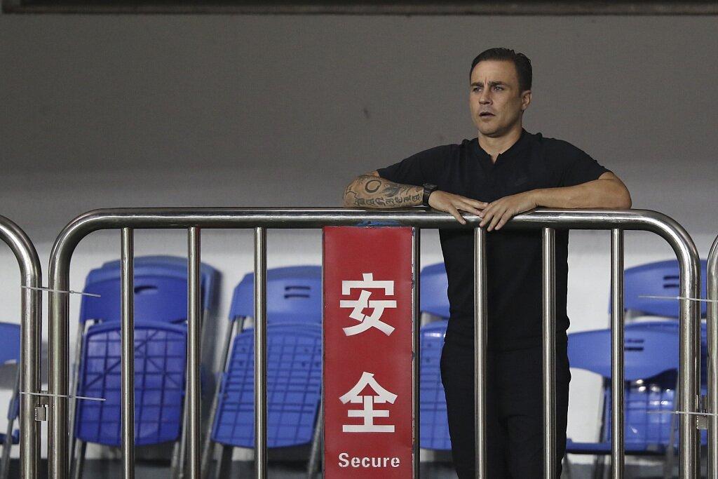 新京报:联赛冠军将成为拯救卡纳瓦罗的最后稻草