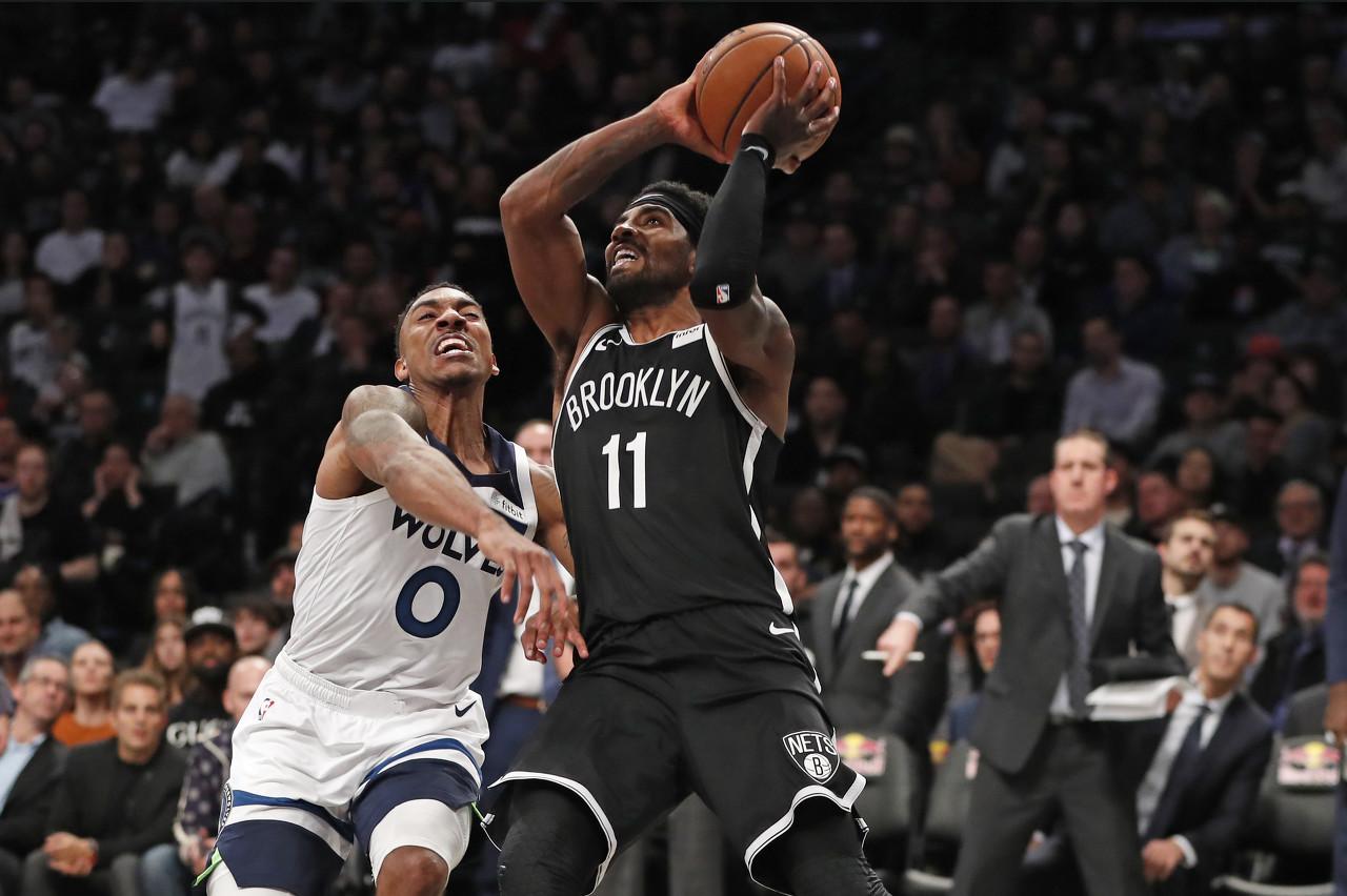 欧文单场砍下50+8+7+零失误 NBA自引入失误统计以来首人