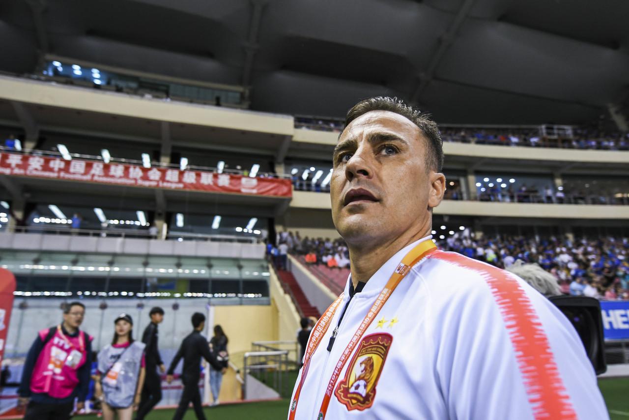 体坛:恒大突发公告让卡帅始料未及,教练团队是否留任仍在讨论