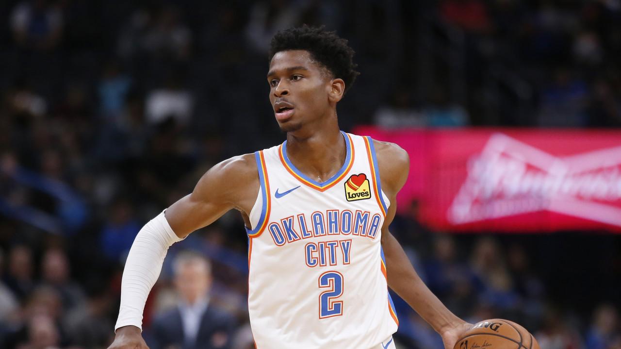 亚历山大抢下20篮板 创生涯新高
