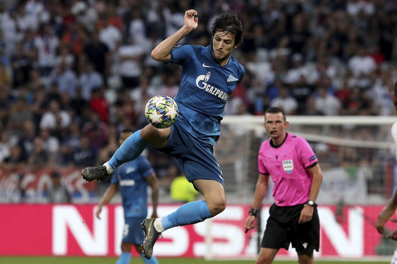 法媒:阿森纳对阿兹蒙感兴趣,AC米兰和罗马也想签下他