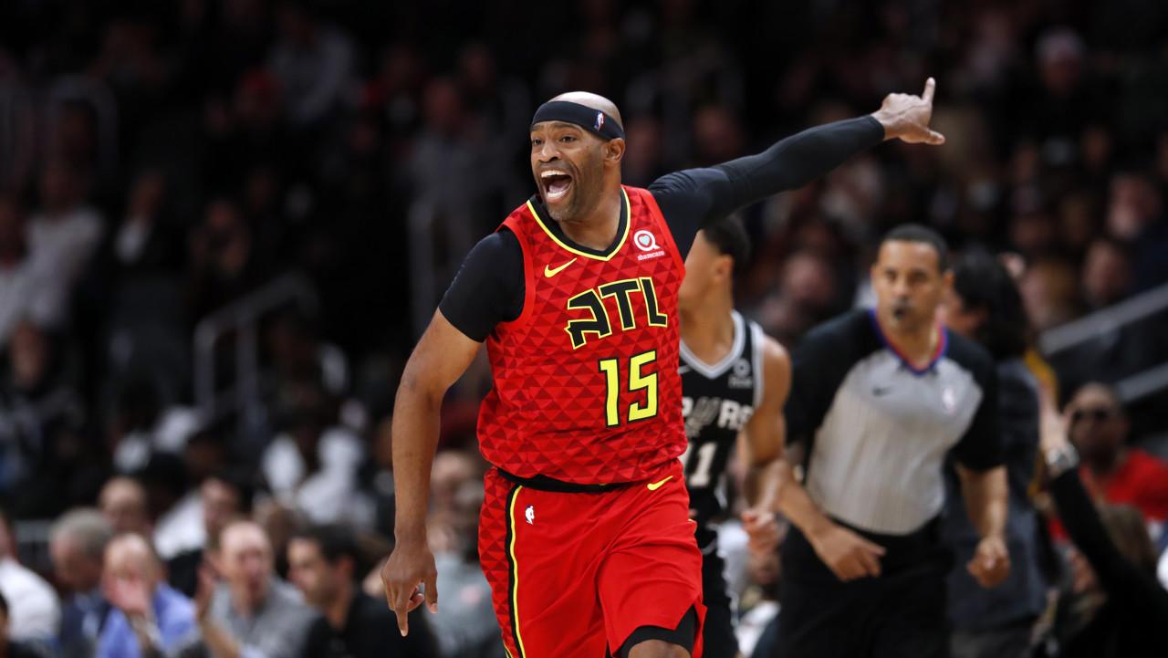 UFO!NBA官方祝老鹰球员文斯-卡特43岁生日快乐