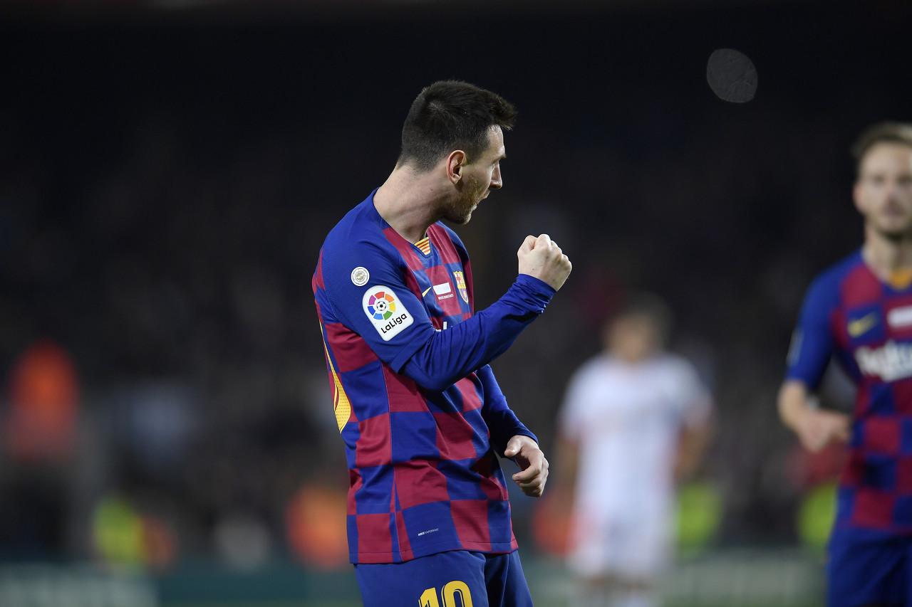 FIFA盘点今年可能被打破纪录:梅西俱乐部进球数还差贝利25球