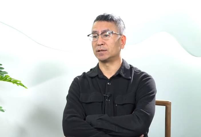 白岩松专访:中国足球让我收获了40多年真实的痛苦