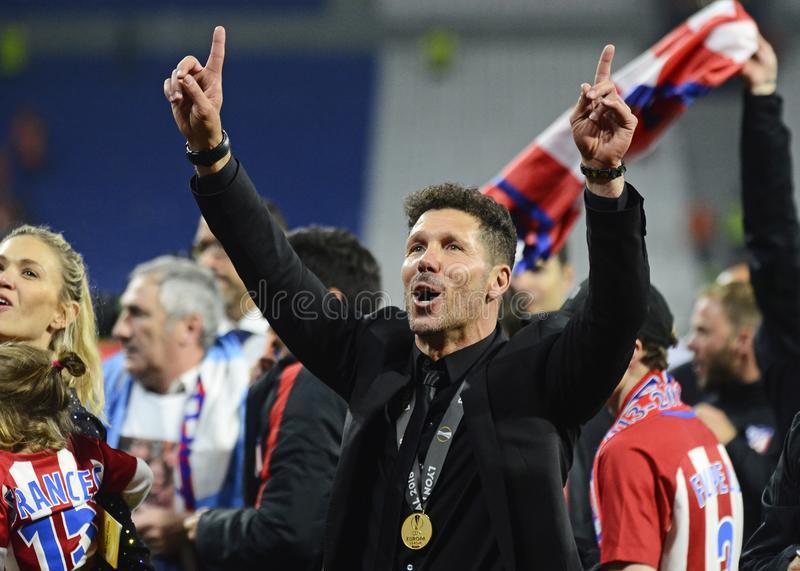 阿斯:西足协取消禁赛令,西蒙尼可指挥与巴萨的西超杯赛事